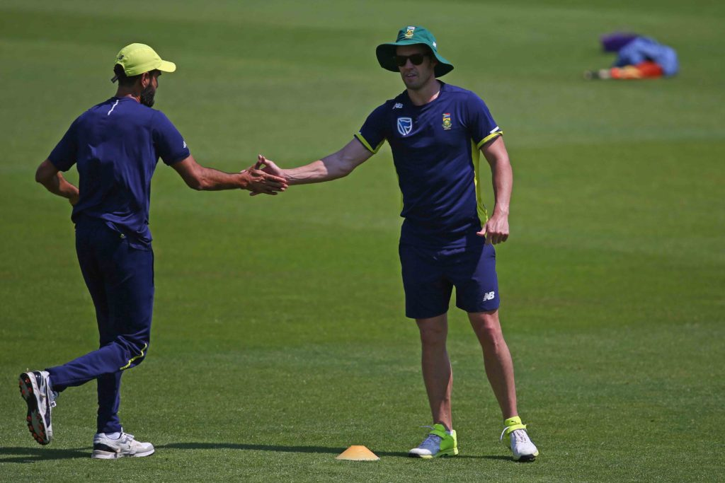 Proteas bat first in T20 opener
