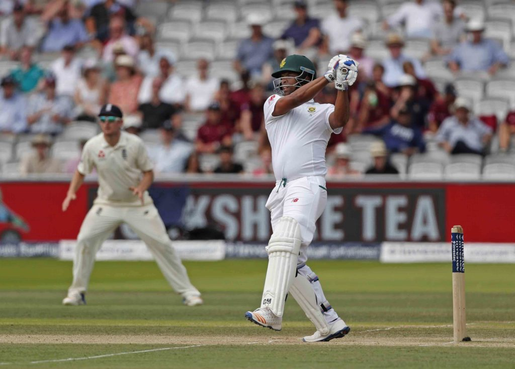 Proteas bowled for 361 as England build lead