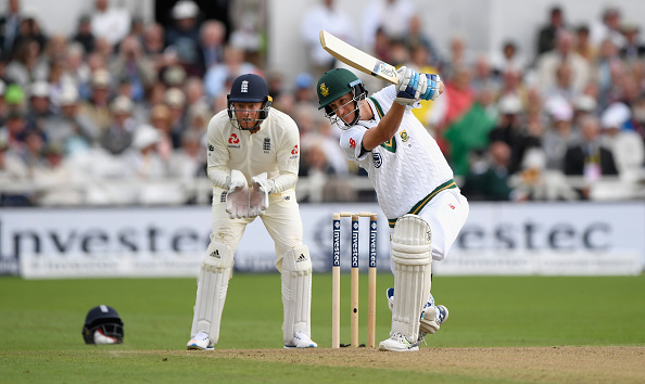 Day two is moving day – De Kock
