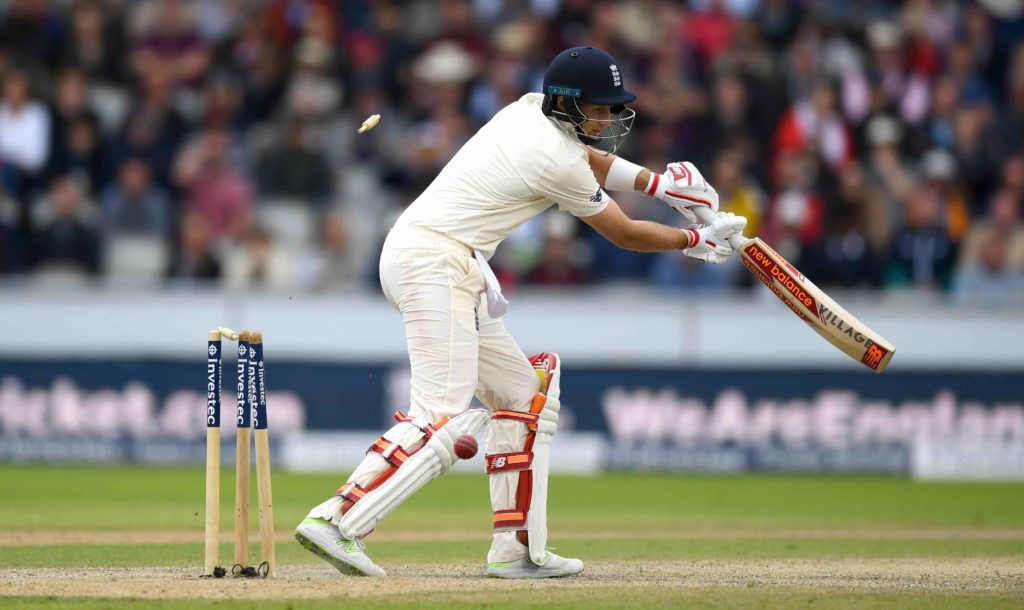 Root and Stokes depart, England extend lead to 274