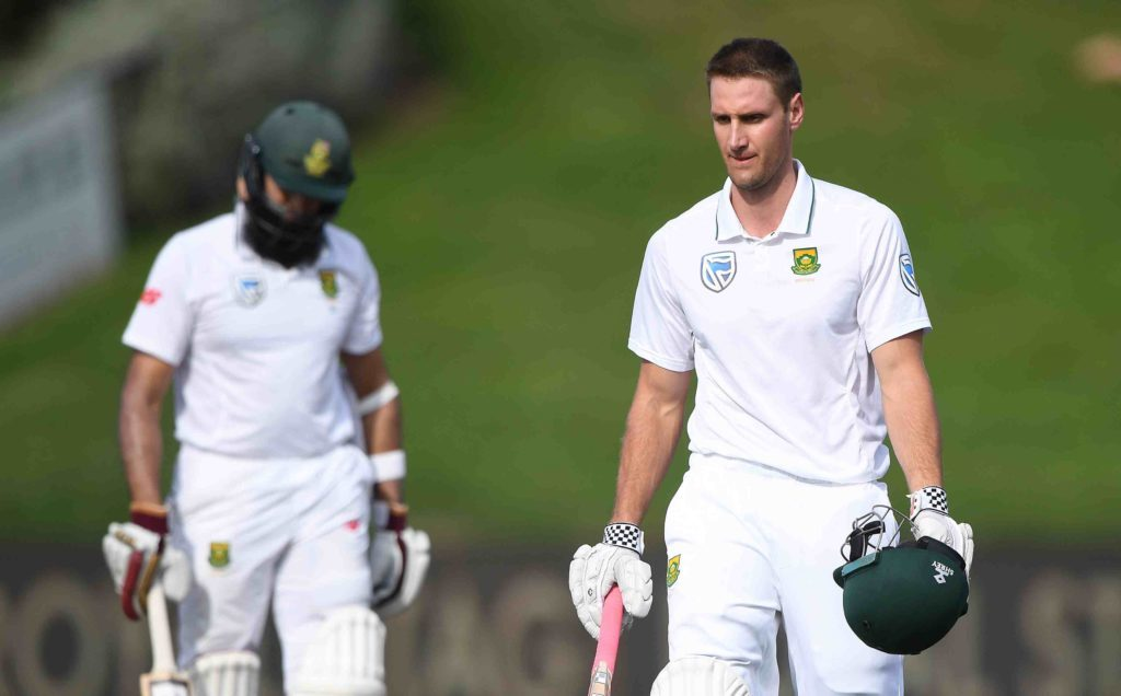 De Bruyn, Ngidi in as Proteas bowl first