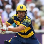 Bears fight off Rudolph to reach T20 blast final