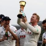 Harmer stars as Essex remain unbeaten