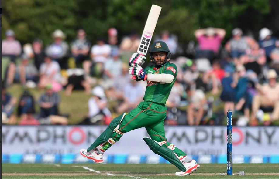 Mushfiqur boosts Tigers to 278