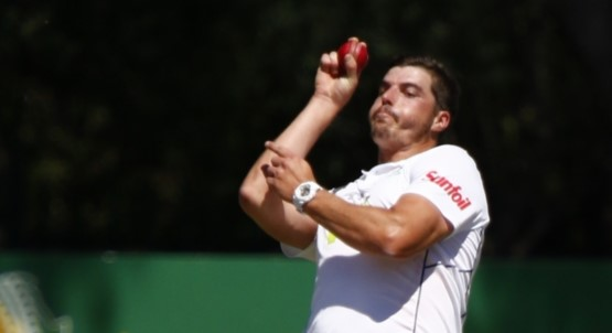 County Wrap: Paterson, De Lange and Abbott in the wickets