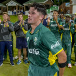 Niemand stars as SA snatch Tri-Series final