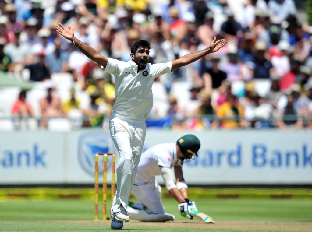 India pile pressure on SA
