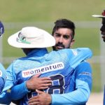 Shamsi's five sets up Titans