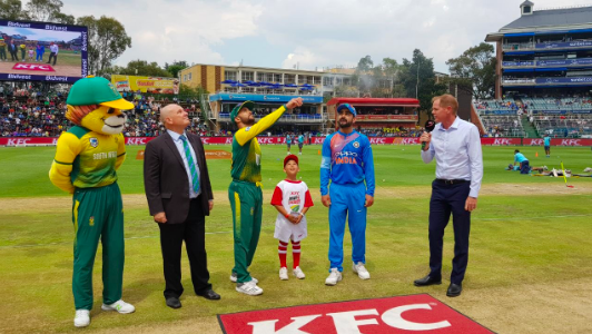 Proteas win toss, bowl first