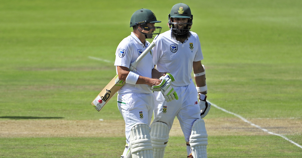 Proteas smother Aussies