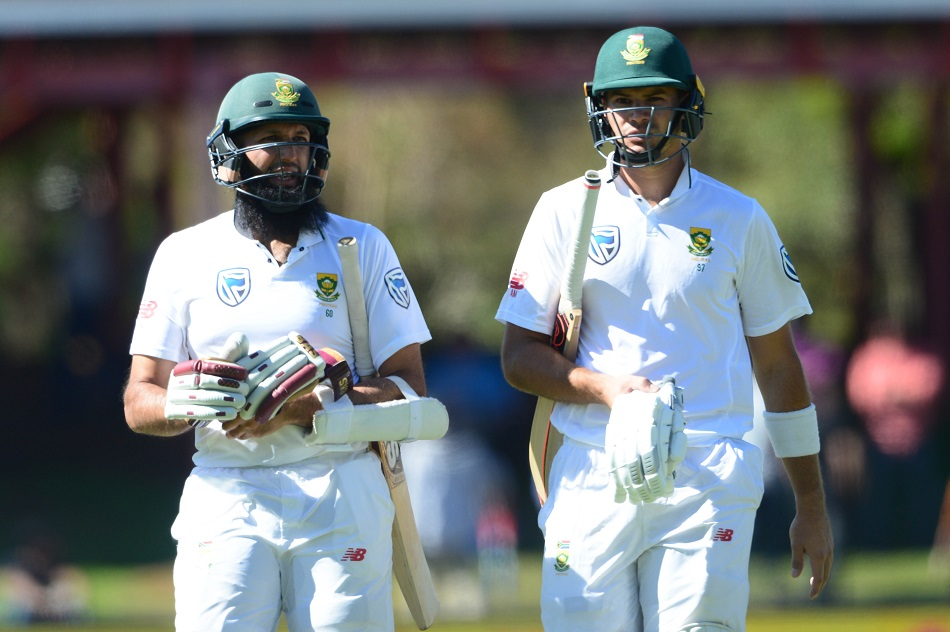 Proteas extend dominance