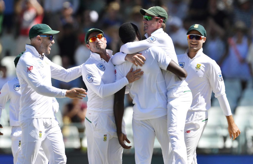 Expensive SA pick up handy wickets