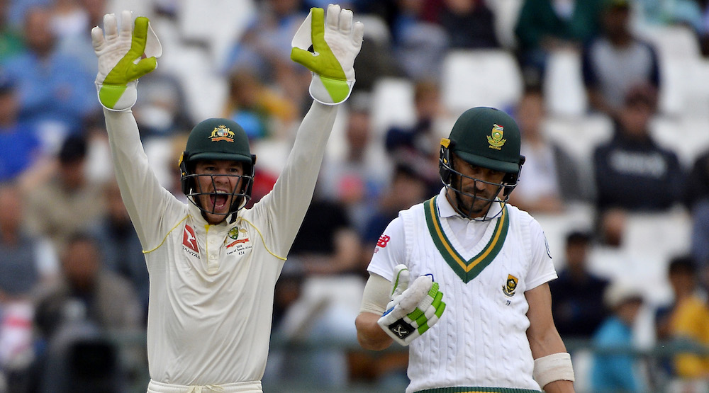Starc out, Faf elects to bat