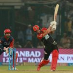 Another great Kohli-AB show gives RCB a lifeline