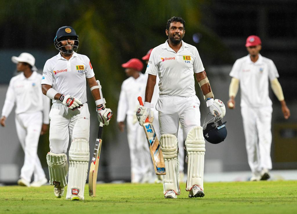 Sri Lanka sneak four-wicket win to draw the series