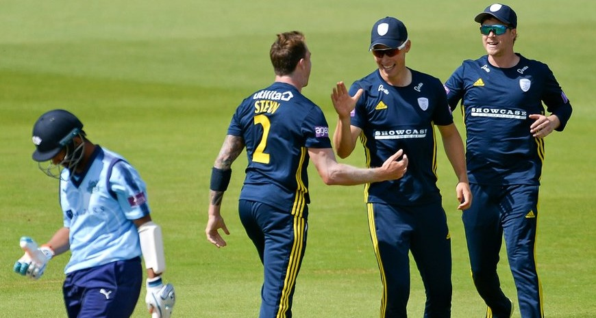 Steyn helps Hants to One-Day Cup final