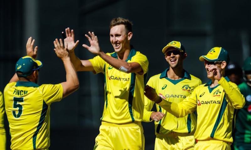 Aussies down No 1-ranked Pakistan