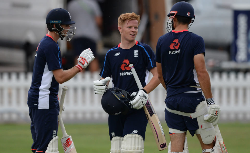 Woakes, Pope back for England