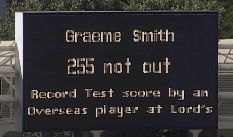 Smith breaks Bradman's record