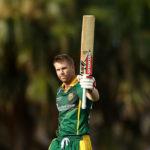 Warner, Smith cash in on Aussie return