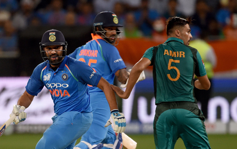 India down arch-rivals Pakistan with ease