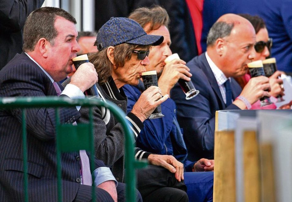 Jagger pledges big cash for tons, five-fors