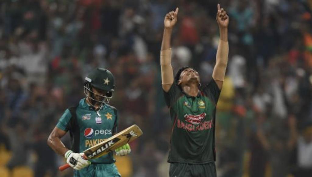 Bangladesh dump Pakistan out of Asia Cup