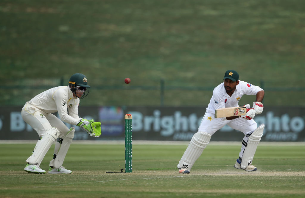 Don't look for trouble when batting - Sarfraz