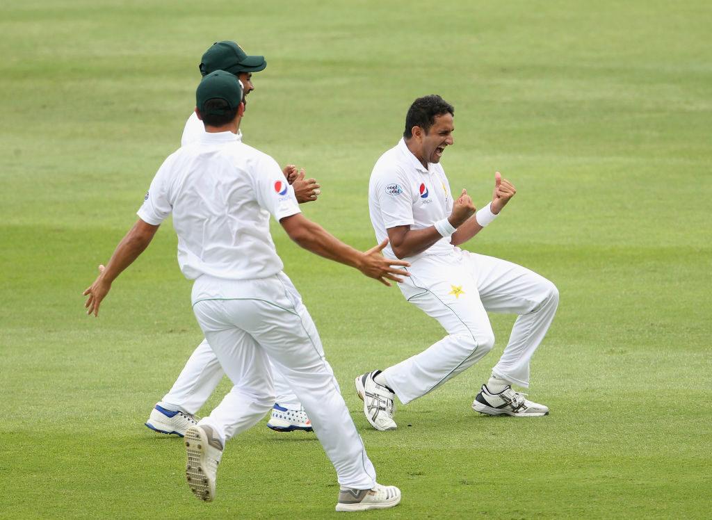 Pakistan romp to 373-run victory