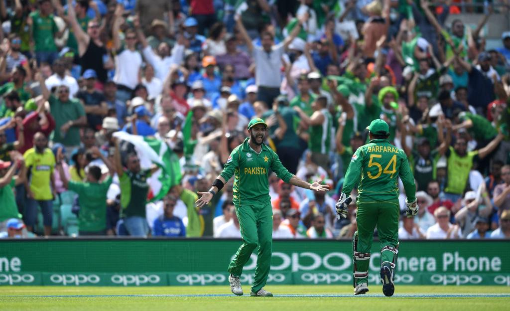 Pakistan edge Aussies to secure series win
