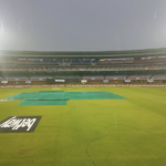 Rain ruins clash between MSL log leaders