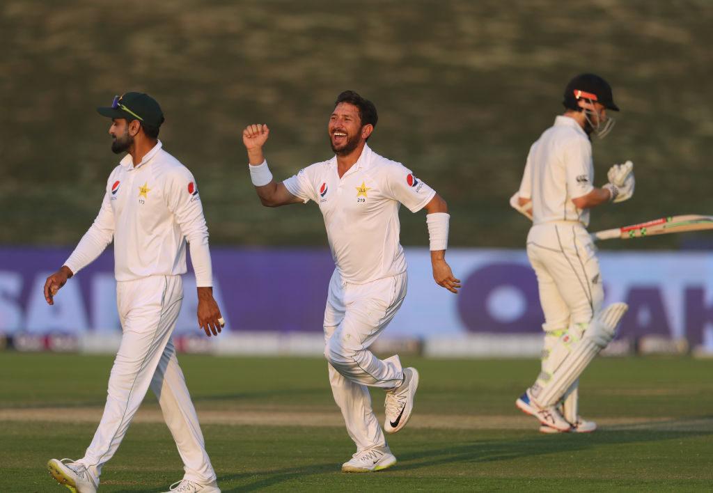 Pakistan take charge in Abu Dhabi