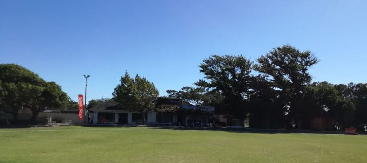 Amateur cricket training permitted